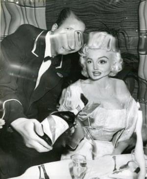 Marilyn Monroe in Restaurant Distortions.