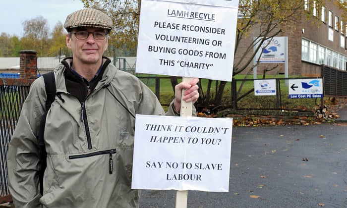DWP Orders Man To Work Without Pay For Company That Let Him Go - Local authorities cut down this mans 30 year old tree and his revenge is genius
