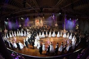 Debutantes dance