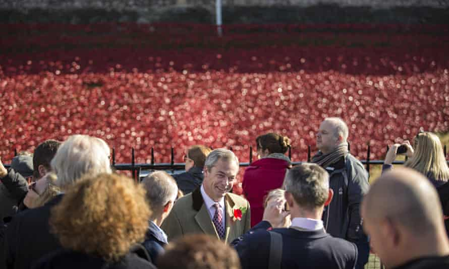 Ukip leader Nigel Farage speaks to members of the public at the Tower of London