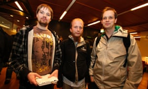 Pirate Bay co-founders Fredrik Neij (L), Gottfrid Svartholm (C) and Peter Sunde leave the city court after their copyright trial in Stockholm, 2009.