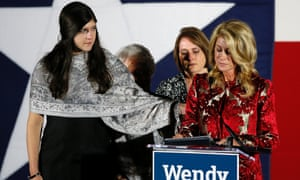 Texas Democratic candidate Wendy Davis delivers her concession speech, consoled by daughter Dru
