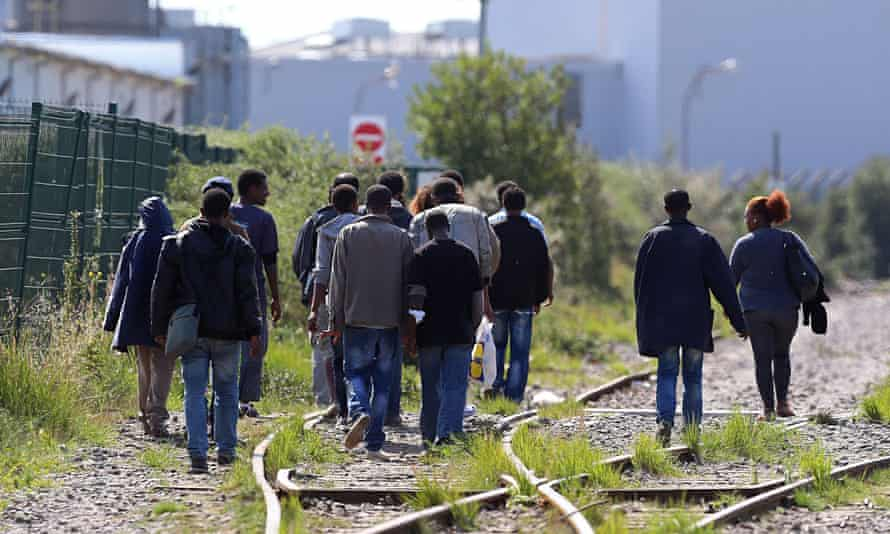Calais would-be migrants