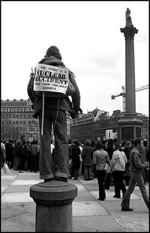 Anti-nuclear demonstration : Trafalgar Square : 1978 The protest was organised by Friends of the Earth against development of the Windscale Nuclear Plant in Cumbria. Thousands of FoE supporters travelled from all over the UK - many by special trains.