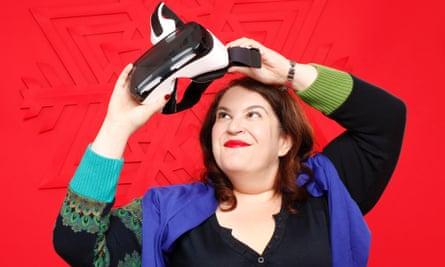 Naomi Alderman with the Samsung Gear VR Headset.