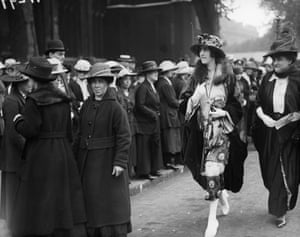 Vita Mary Sackville-West attends a wedding in June 1919.