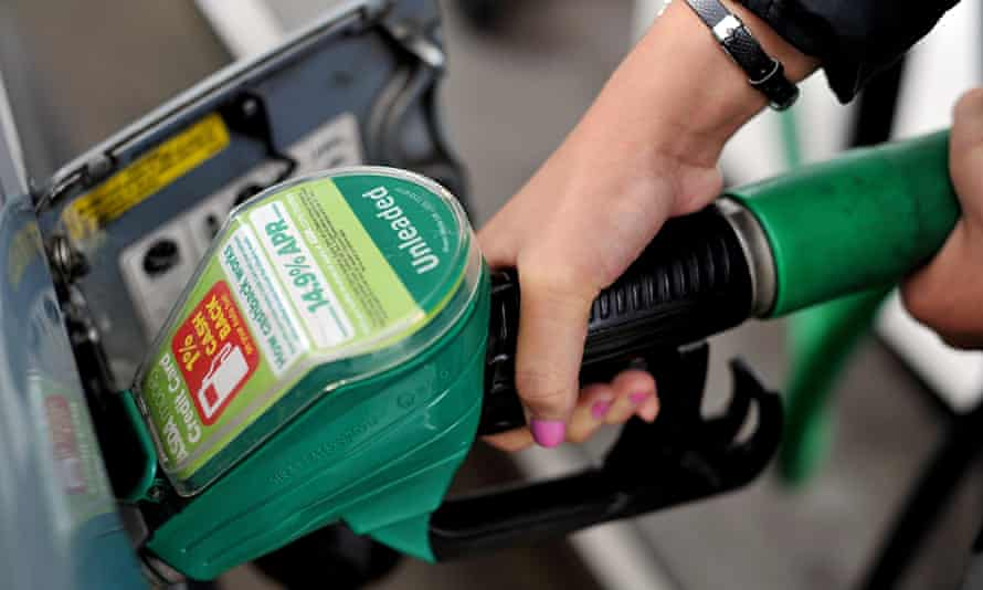 The AA believes the average price of unleaded petrol is 124.22p.