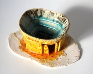 Crossing the Field: WWI, Football & the Christmas Truce Exhibition. Camp Nou. Ceramics of Robin Vermeersch, scenes of professional football in the stands, pitch, players and crowd - are fused together into a single flowing piece.
