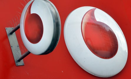 Vodafone shares fall. Photo: Reuters/Toby Melville.