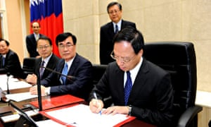 Taiwan cabinet resigns after ruling party's election defeat