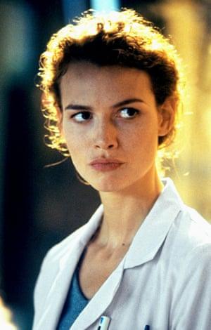 Burrows in Deep Blue Sea (1999).