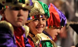 Diy nativity costumes five crafty tricks for making last minute school nativity play solutioingenieria Choice Image