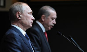 Russia's President Vladimir Putin, left, and his Turkish counterpart, Recep Tayyip Erdoğan, at the c