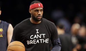 butik wyprzedażowy buty do separacji autentyczny LeBron James stands up in a way Michael Jordan never did ...