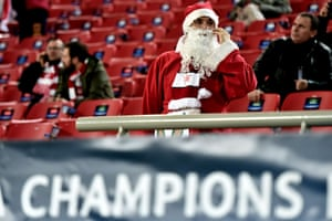 Like mince pies for sale in the supermarket, the football festive season seems to start earlier every year. Over in Greece there was plenty of Christmas cheer for Santa Claus and the rest of the  Olympiakos fans as they beat Malmo 4-2.