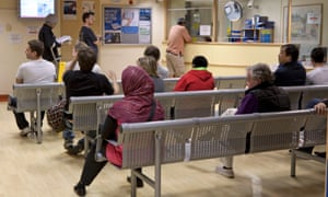 In the seven days to 7 December, 286,429 patients sought treatment from NHS A&E departments across England.