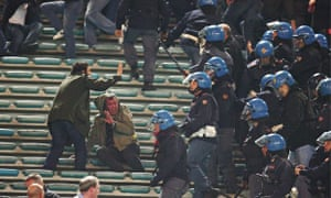 Why Did Manchester United Fail To Back Fans After Roma Violence Daniel Taylor Football The Guardian
