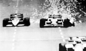 1986 Nigel Mansell A television image shows a mass of sparks cascading from the rear of Nigel Mansell's car as a tyre bursts during the 1986 Australian Formula One Grand Prix. The incident forced Mansell to withdraw from the race, which was won by France's Alain Prost, who also took the 1986 World Championship