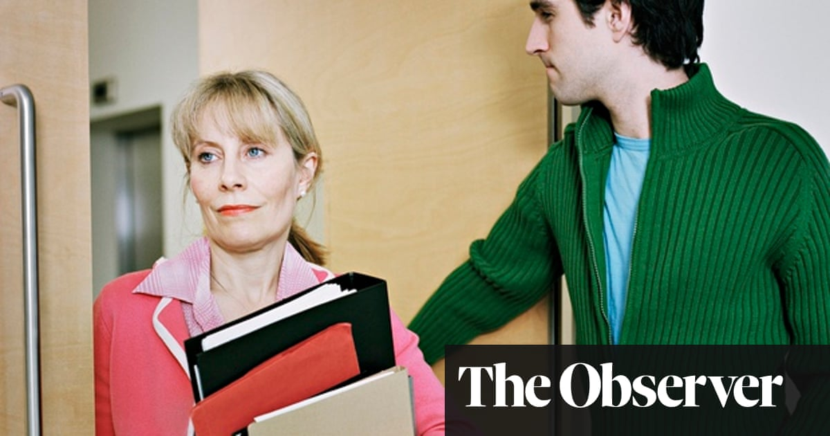 I have a crush on a colleague  Should I give up my job? | Mariella