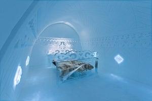 Ice hotel Borderland suite