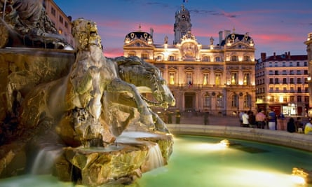 Fountain Bartholdi and town hall in Lyon
