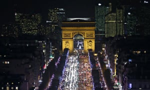 Picture of the Champs Elysees and Triump