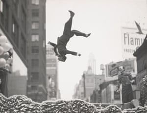 New York,1955, by Garry Winogrand.