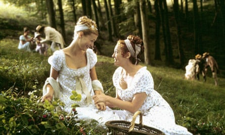 Gwyneth Paltrow and Toni Collette in Emma (1996).