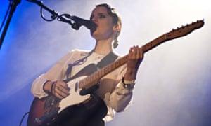 Anna Calvi in concert