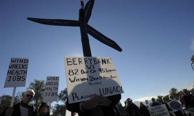 anti-windfarm protesters