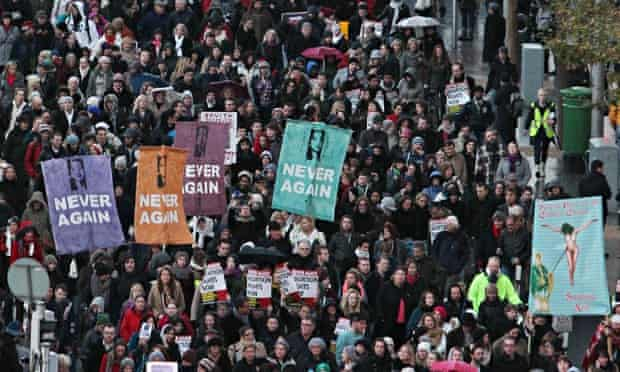 Protesters in Dublin after the death of Savita Halappanavar