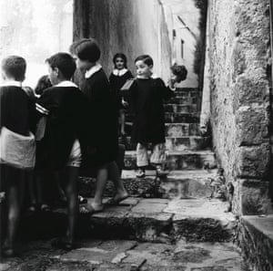 Pupils from the Latymer School, London, 1963