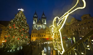 Prague Christmas Market.Visit Europe S Christmas Markets Without Breaking The Bank