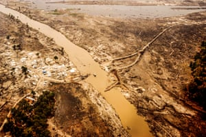 Aerial shot of the area around Calang showing the lost infrastructure