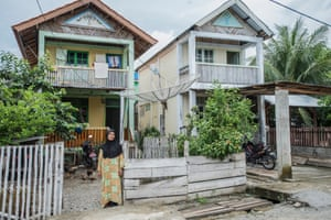 Mariati was at home when tsunami hit in Pidie
