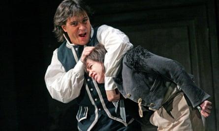 Erwin Schrott (Figaro) and Rinat Shaham (Cherubino) in