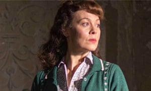 Helen McCrory in The Woman in Black 2: Angel of Death
