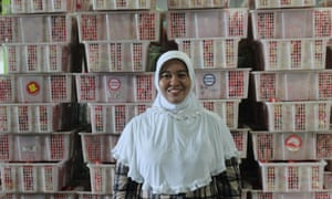 Nelly Nurila inside her Nusa Indah factory, Boxinf Day tsunami