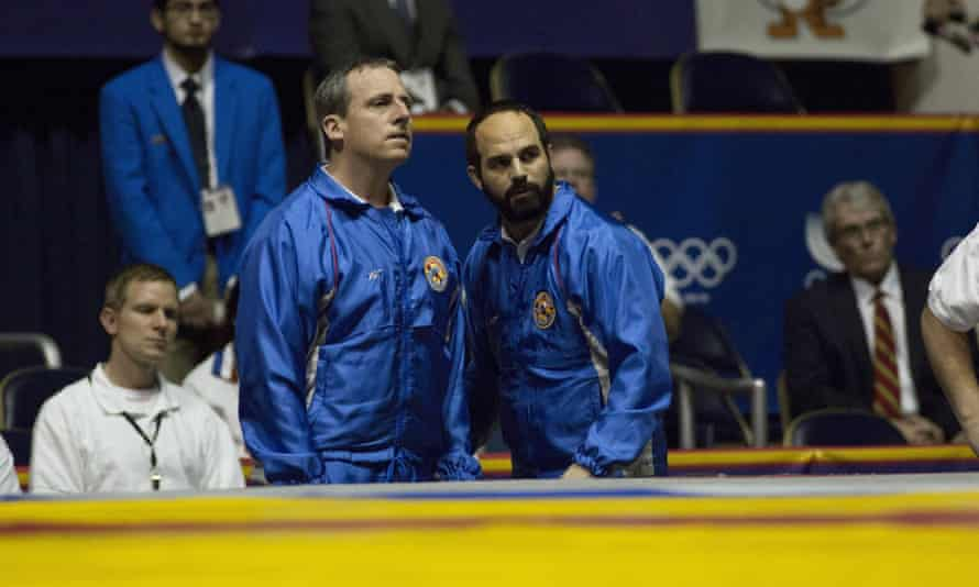 Carell with Mark Ruffalo in Foxcatcher.