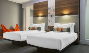 The Aloft's modern bedrooms are gloomy thanks to a bizarre grey colour scheme, but they are functional and well-equipped