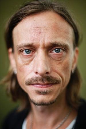Mackenzie Crook photographed by Murdo Macleod before speaking at the Edinburgh International Book Festival, Edinburgh in August