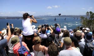Sydney to Hobart crowds