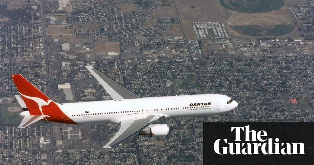 Qantas Retires Last Boeing 767 From Its Fleet Business The Guardian