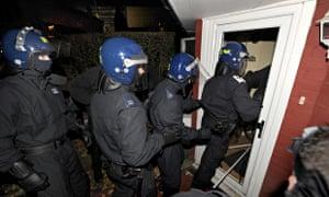Police raids in Hackney