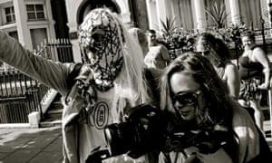 Elisabeth Rasmussen and Bruno Wizard filming