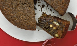 Thomasina Miers' easy-peasy-not-quite-Christmas cake