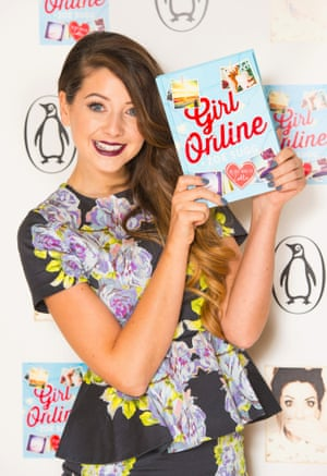 File photo dated 24/11/14 of YouTube star Zoe Sugg, aka Zoella, who has become the fastest selling debut novelist since records began, outselling the likes of JK Rowling and Dan Brown. PRESS ASSOCIATION Photo. Issue date: Wednesday December 3, 2014. Zoe's novel Girl Online, about a teenage blogger and her relationship with an American musician, sold 78,109 copies in its first week. See PA story ARTS Zoella. Photo credit should read: Dominic Lipinski/PA Wire