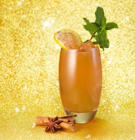 Christmas apple sour cocktail