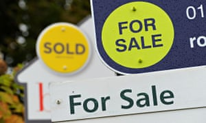 The average UK house price rose to £189,002 in December.