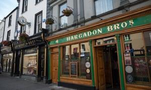 Pub and character shop fronts on O'Connell Street, Sligo town, Sligo county, Republic Ireland.
